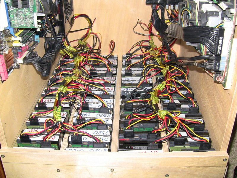 90-терабайтное хранилище своими руками